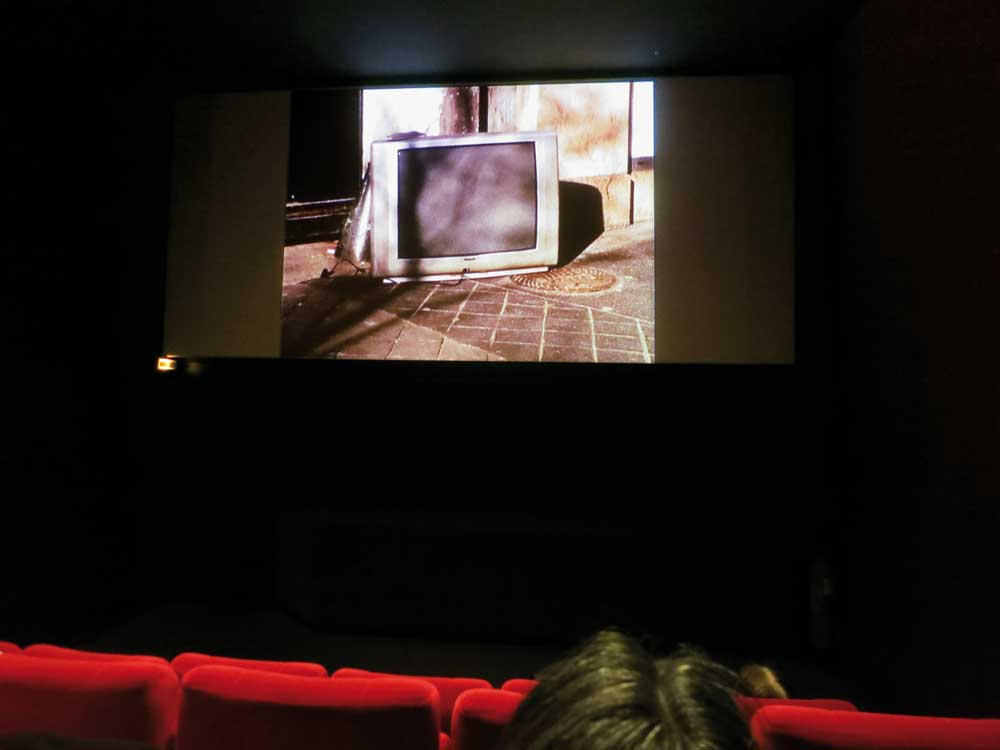 Morales, Wagner, 'Screen Shots', 2012. Film Super-8 numérisé, full-HD, 1 minute 30 secondes. Digitilized Super-8 film, full-HD, 1 minute 30 seconds. Cinémas MK2, Paris (FR). Photo Claude Closky
