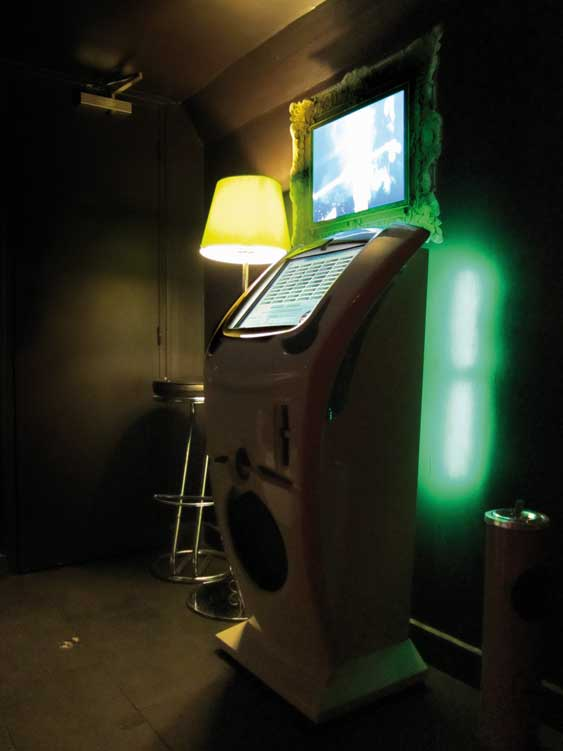 Vigny, Stéphane, 'Love Me Do', 2005. Chanson, stéréo, 2 minutes 30 secondes, jukebox. Song, stereo, 2 minutes 30 seconds, jukebox. 'This&There' exhibition. Mojito Lab, 28 Rue Keller, Paris (FR-75011). Photo Yan Tomaszewski
