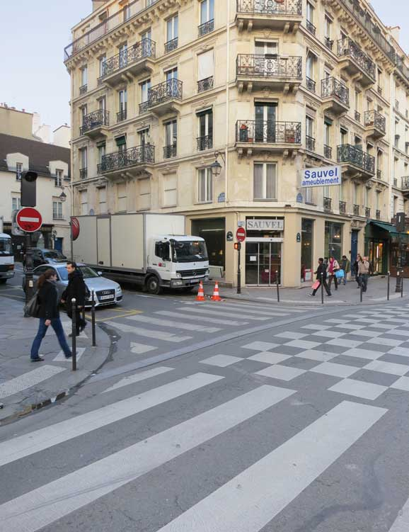 corner of Rue Rivoli and Rue des Ecouffes. Photo Claude Closky.jpg
